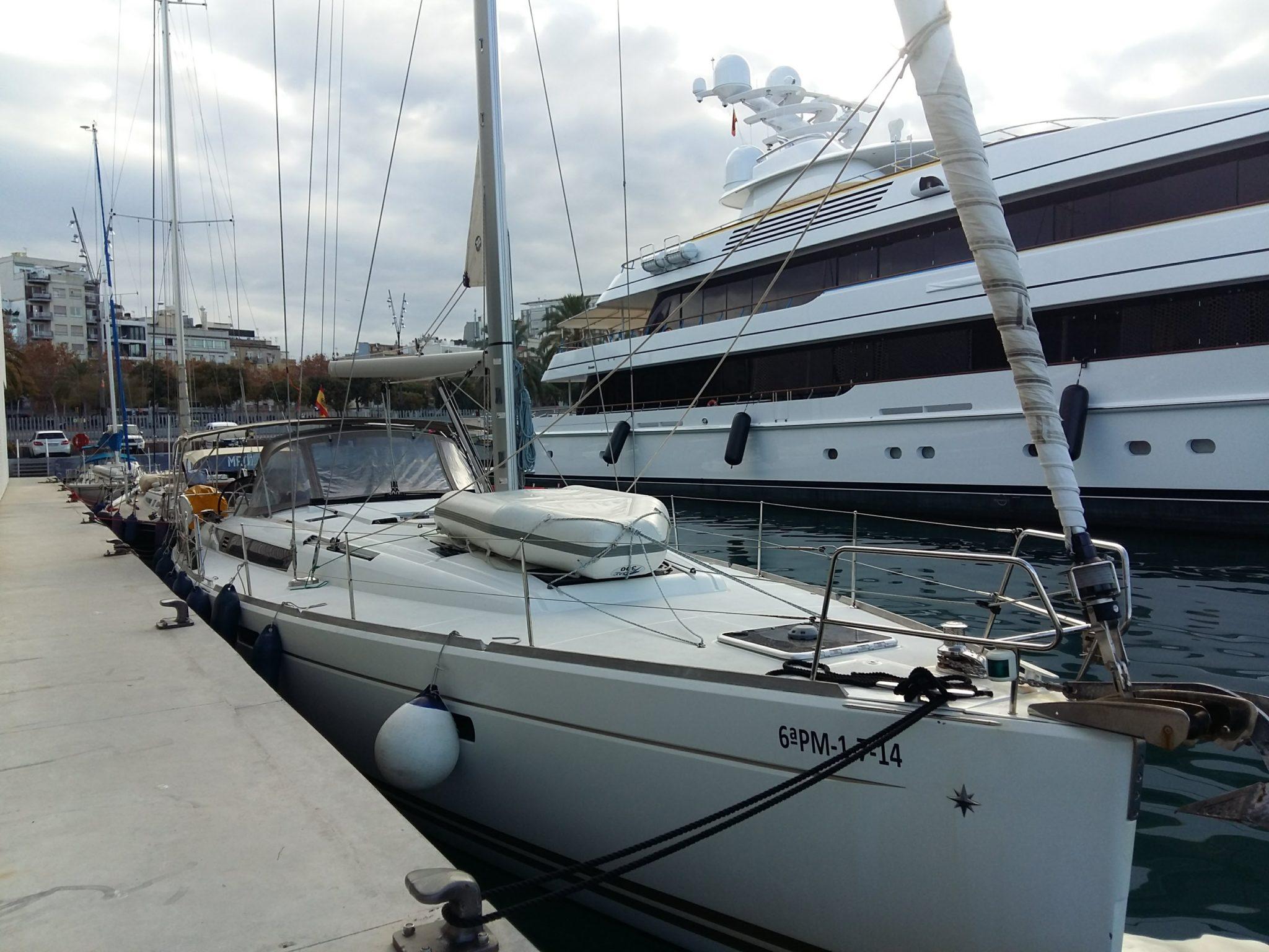Postoj przy marinie One Ocean Barcelona Rejs Baleary Majorka